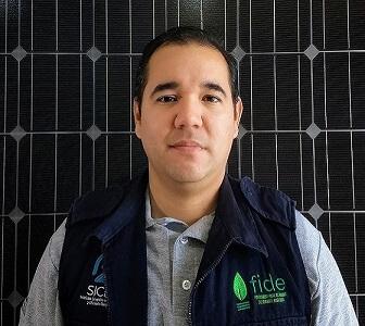 Vendedor de paneles solares del equipo SICEE