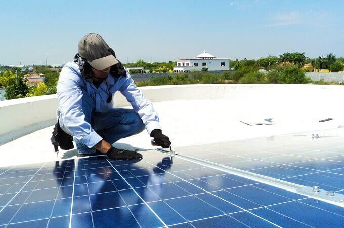 Conoce si los paneles solares necesitan mantenimiento - SICEE Veracruz